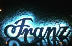 Napis z drewna Franz